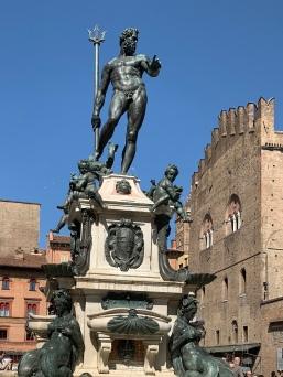 Neptune Fountain, Bologna
